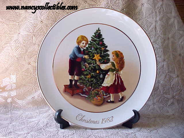avon christmas plate 1981 keeping the christmas tradition