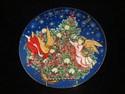 Avon Christmas Plate - Trimming The Tree - 1995