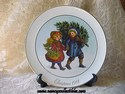 Avon Christmas Plate - 1981 - Sharing The Christmas Spirit